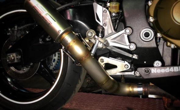 Fabrico de tubo de escape para aplicação de ponteira em Honda Cbr1000rr.